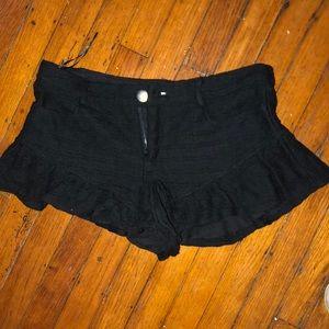 black lace ruffle shorts!